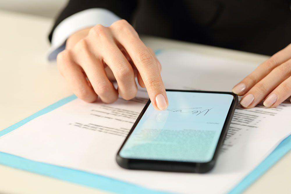 HM Land Registry begins accepting e-signatures